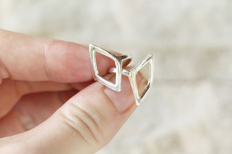 Simple Diamond Shaped Ring in Solid 925 Sterling Silver