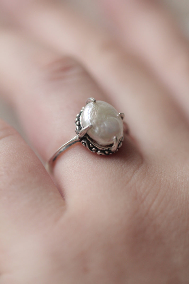 Genuine Salt Water Pearl, Dainty Classic Ring, Vintage Style Victorian Jewelry, 925 Sterling Silver, Split Shank, Cream Gemstone, Handmade