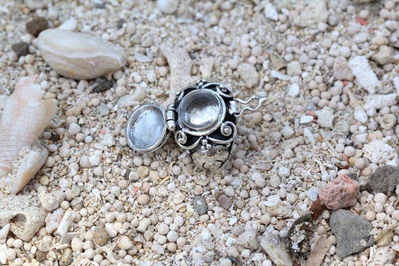 Poison Ring Moonstone Locket Jewelry Boho Moon Don Biu 925 Sterling Silver Ring Bohemian Gypsy Secret Compartment Aztec Celestial Jewellery