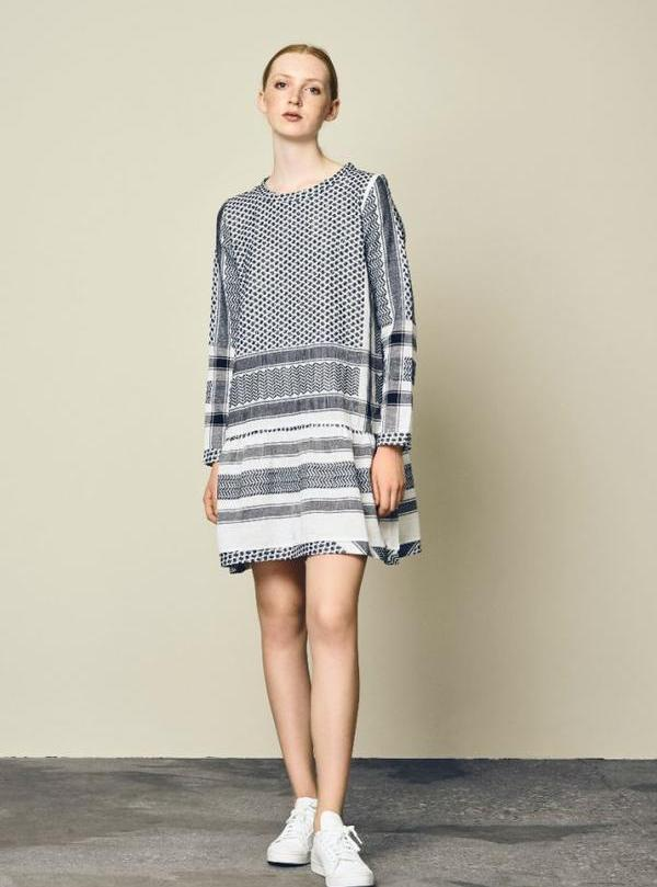 Dress 2, O, Long Sleeves