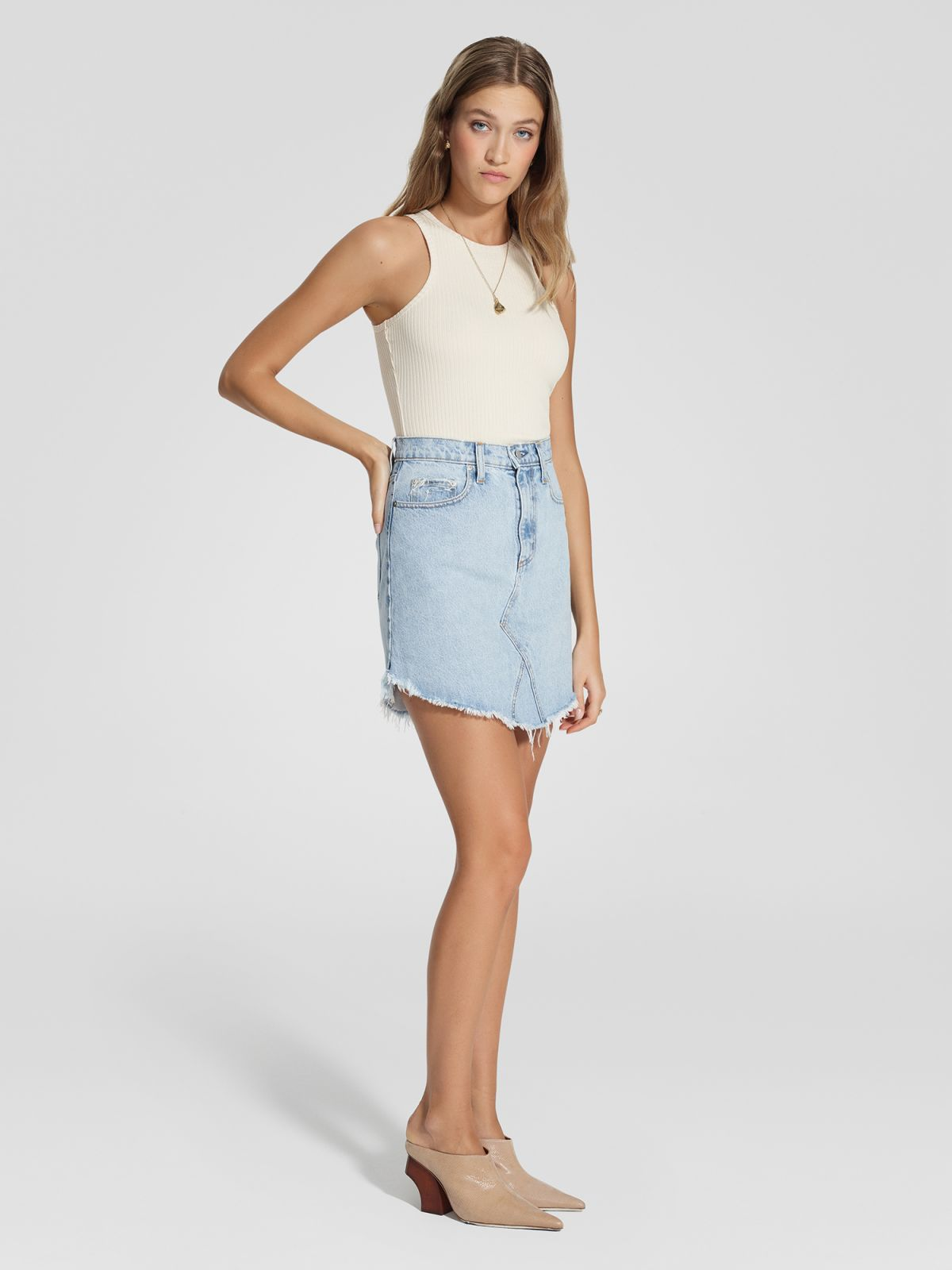 The Edge Skirt Cielo