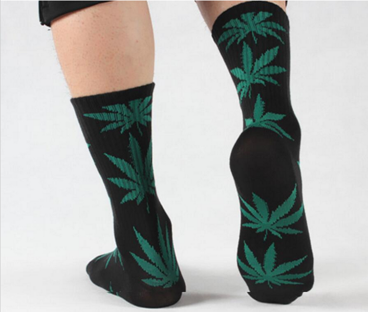 Weed Leaf Style Unisex Socks - The Green Box