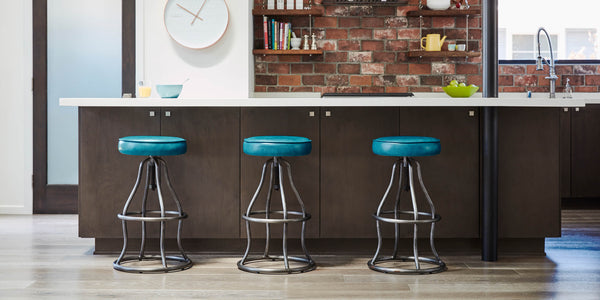 Counter Culture – The Perfect Counter Stool & Cocktail Pairings