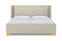 Everett Upholstered Bed :: Leg Finish: Natural / Size: Full Size