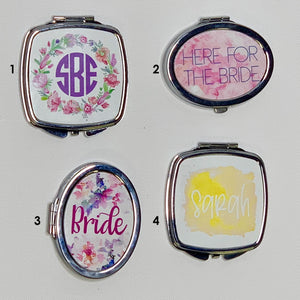 """Personalized Compact Mirror"""