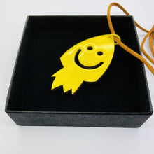 Charger l'image dans la galerie, The Rocket necklace The Extra Smile
