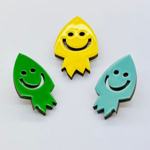 The Rocket pin accessory The Extra Smile