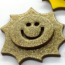 Load image into Gallery viewer, The Sun pin accessory The Extra Smile golden