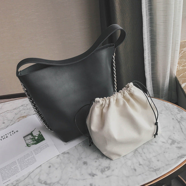 Savvy Bucket Bag
