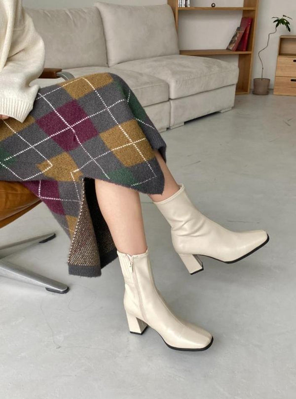(30%OFF) Heeled Boots In Cream