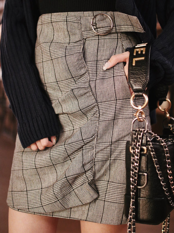 Plaid Pattern Skirt in Black