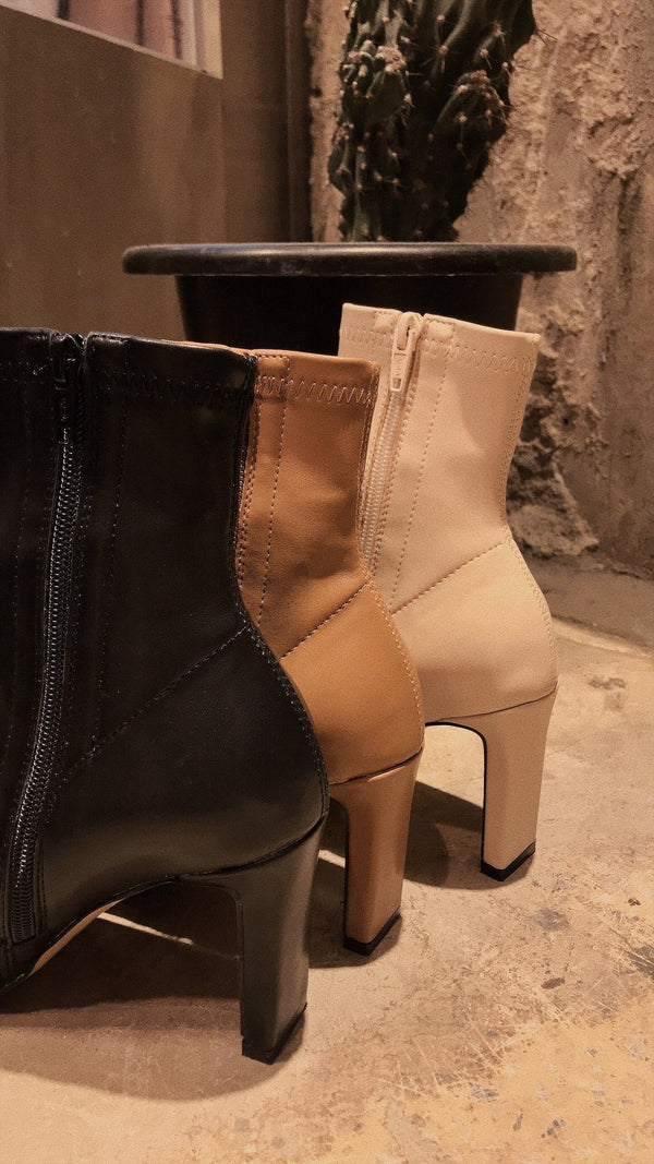 Korea Designed Soft PU Leather Boots