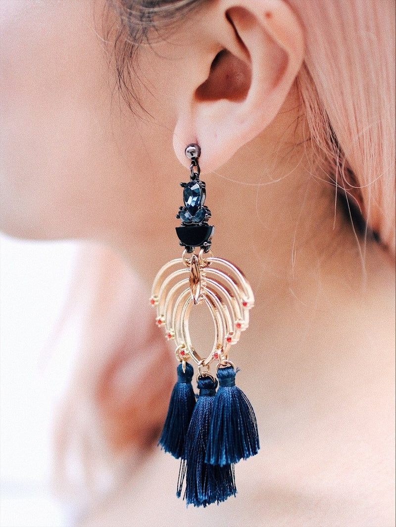 Diamond Design With Blue Tassel Detail Earrings