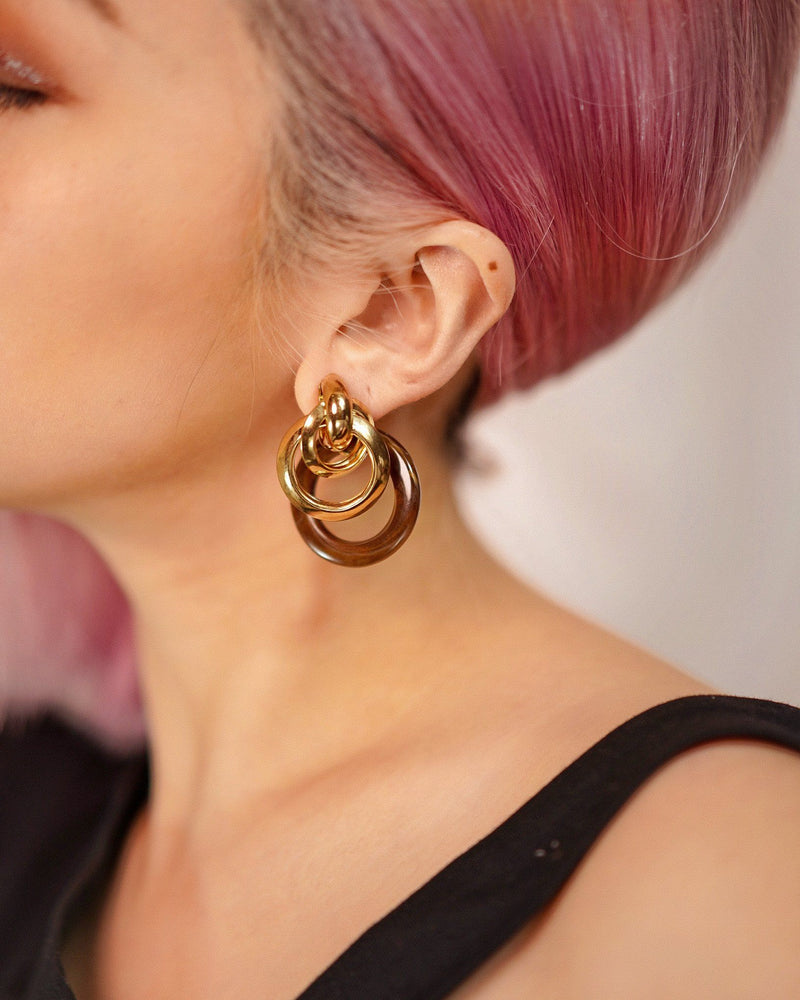 Front x Back Gold Earring in Black