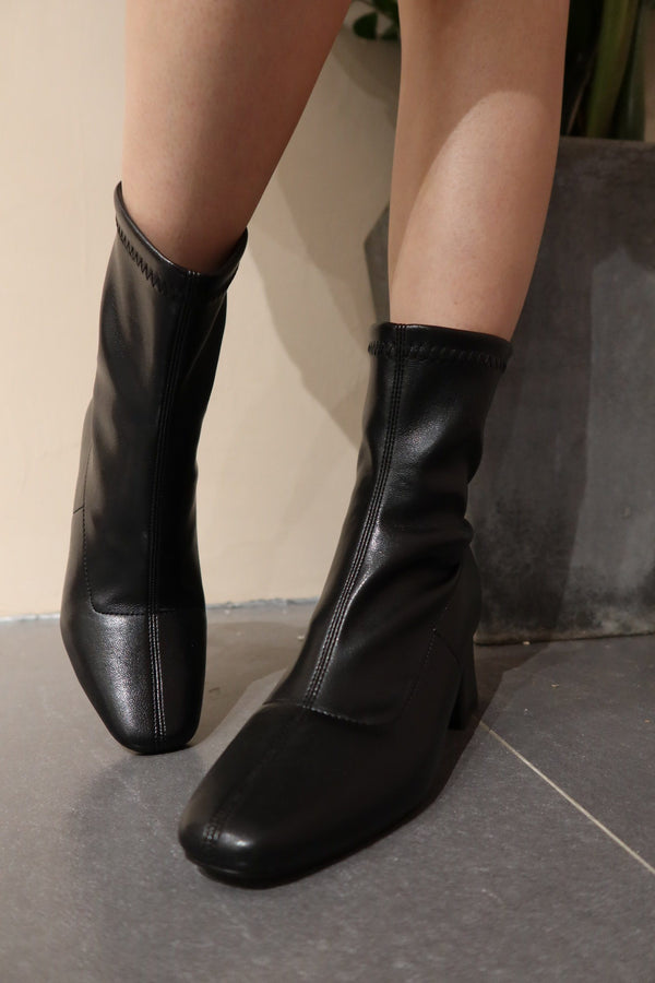 asuni,design Black Boot