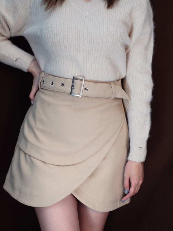 (50% off!)Triple Layered Mini Skirt With Belt In Beige