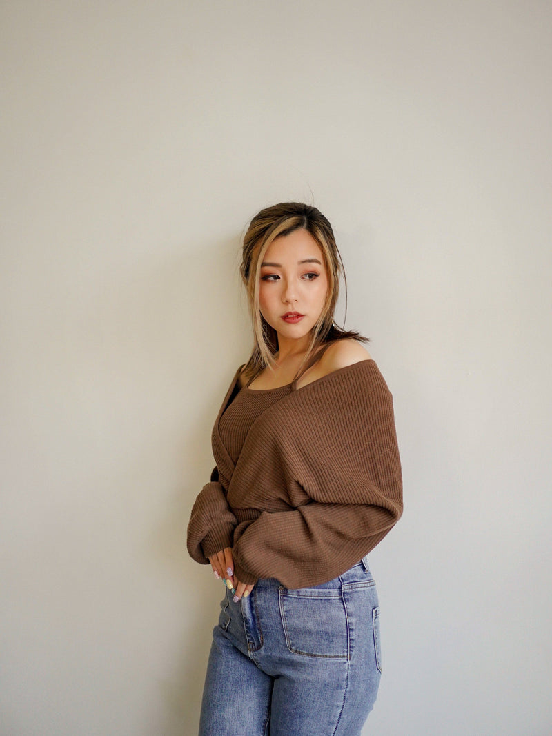 Fall Vibes Knit Top In Brown