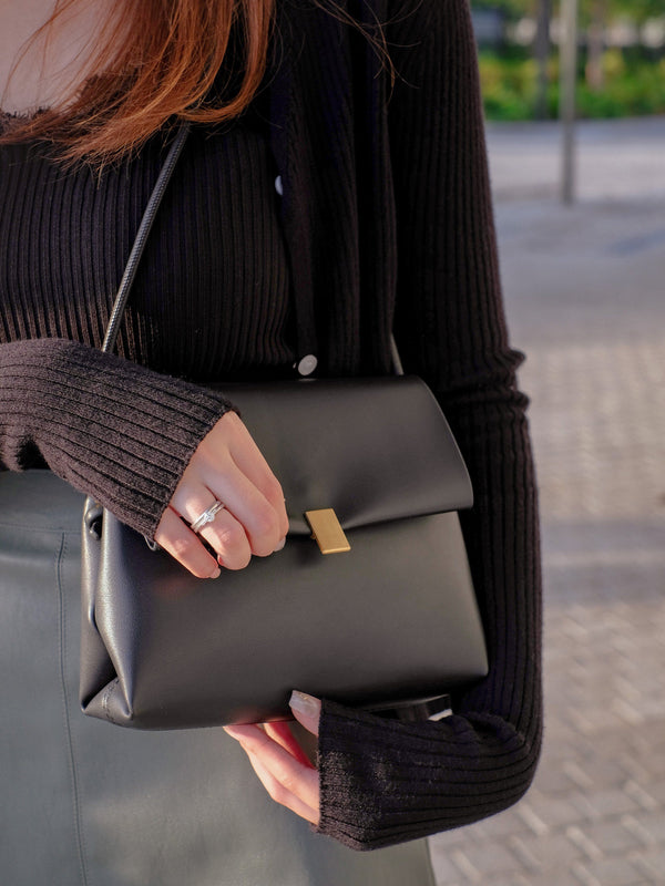Envelope Shoulder Bag