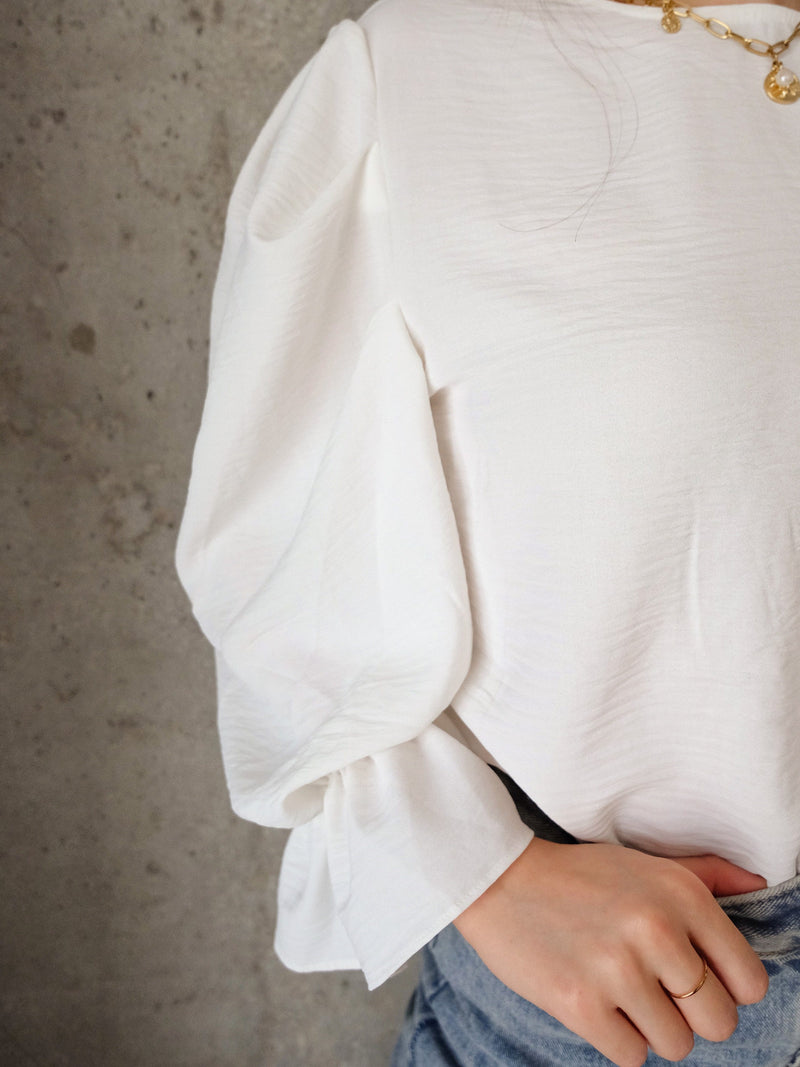 Chiffon Puffy Sleeve Blouse In White