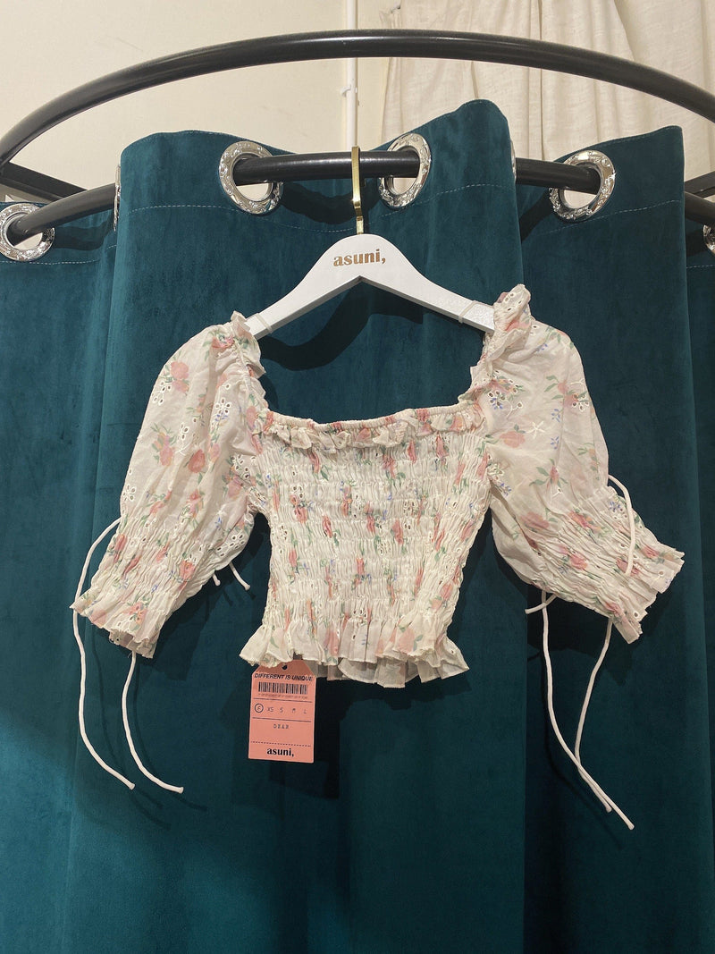 Cropped Floral Top In Pink (Pre-order)