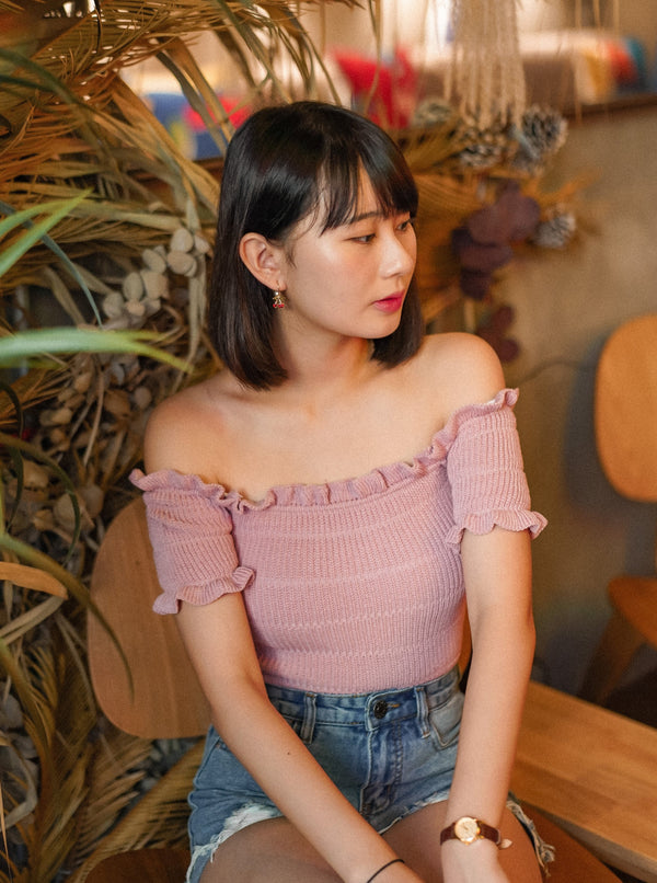 Shirred Off-Shoulder Knit Top In Dusty Pink