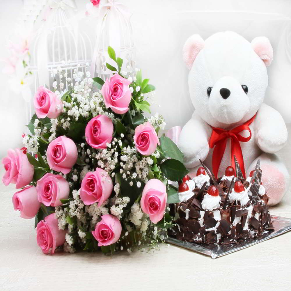 Bouquet of pink roses and black forest cake with cute teddy izmirmasajfo