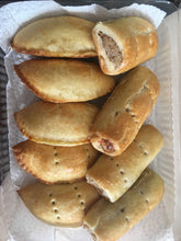 Load image into Gallery viewer, Homemade Nigerian Pastries - Large tray (meatpies, etc)