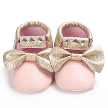 Load image into Gallery viewer, Baby bow sneakers - PINK (SIZE 0-6M)
