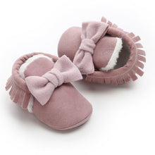 Load image into Gallery viewer, Baby bow & tassel moccasin - 6 COLOURS (0-18M)