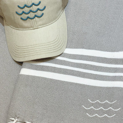 Splash Turkish Beach Towel & Ball Cap Gift Set