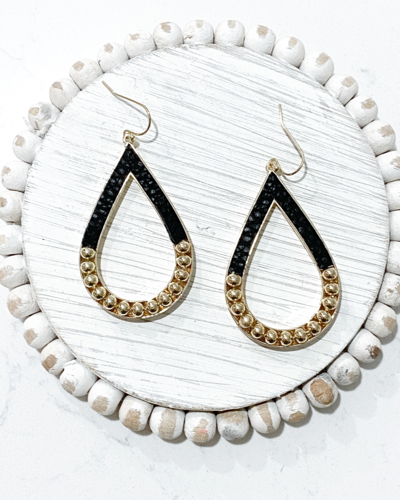 Mona Earrings- Black