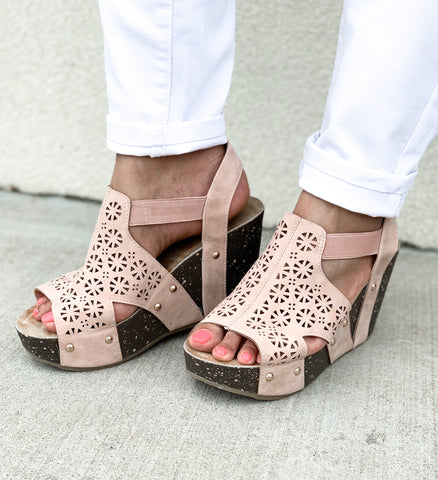 Mara Wedges