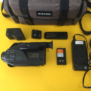 Sanyo VM-D90R Video Recorder x8 Digital Zoom Lens Bundle including BRAND NEW battery - Film Camera Store