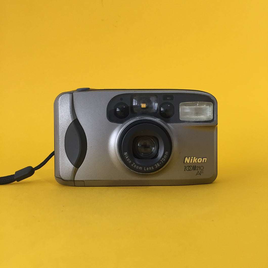 Nikon Zoom 210 AF 35mm Film Camera Point and Shoot