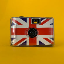 Great Britain Focus Free 35mm Point and Shoot Film Camera Plus Underwater Case & Wrist Strap