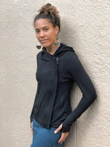 caraucci bamboo zipper hoodie jacket lined with plant-based jersey with pockets
