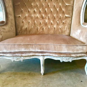 French Balloon Chair Throne Chair Reproduction Champagne Velvet Chair Tufted Cream/White Frame French Furniture Rococo Interior Design