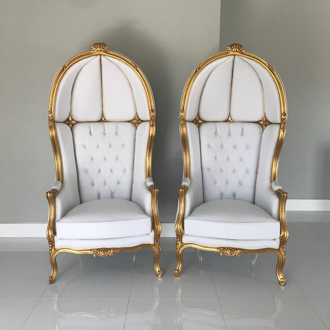 French Balloon Chair Throne Chair *2 Avail* High-Back Reproduction Gold Chair Tufted White Leather French Interior Design