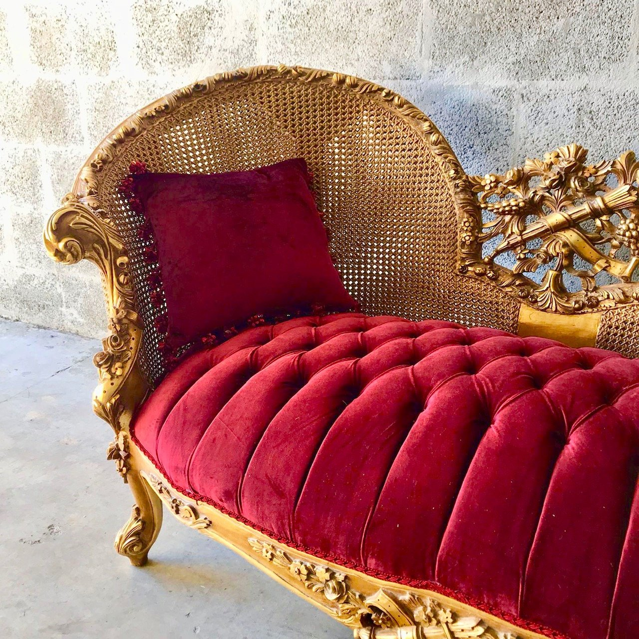 Excellent French Marquis Vintage Red Sofa Antique Furniture Style Machost Co Dining Chair Design Ideas Machostcouk