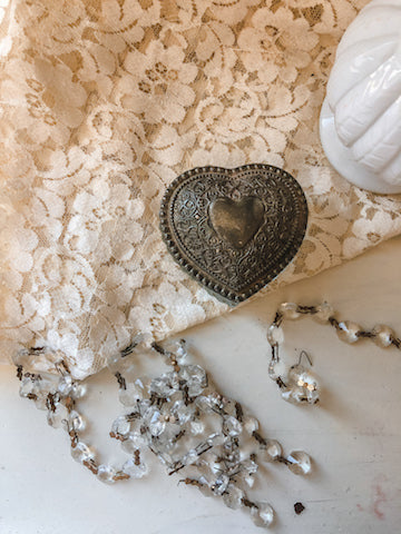 Vintage Heart Trinket Holder