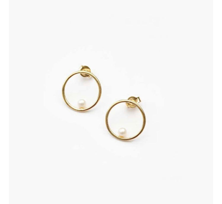 Billabong Small Circle Earrings Pearl in Gold