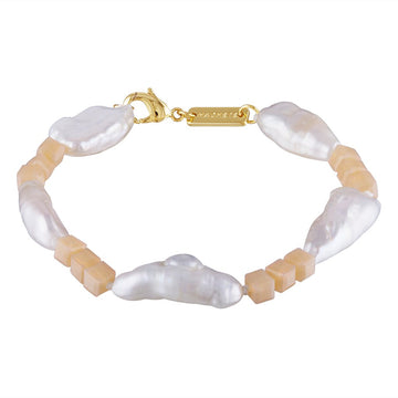 Beaded Biwa Pearl Bracelet in Peach