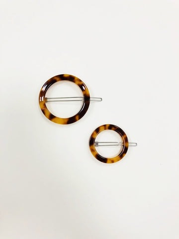 Circle Clip in Amber