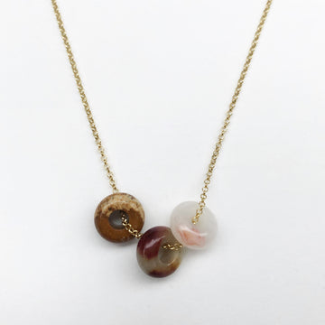 Fruit Loop Necklace Cinnamon Mix in Gold