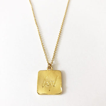 Hey! Necklace in Gold
