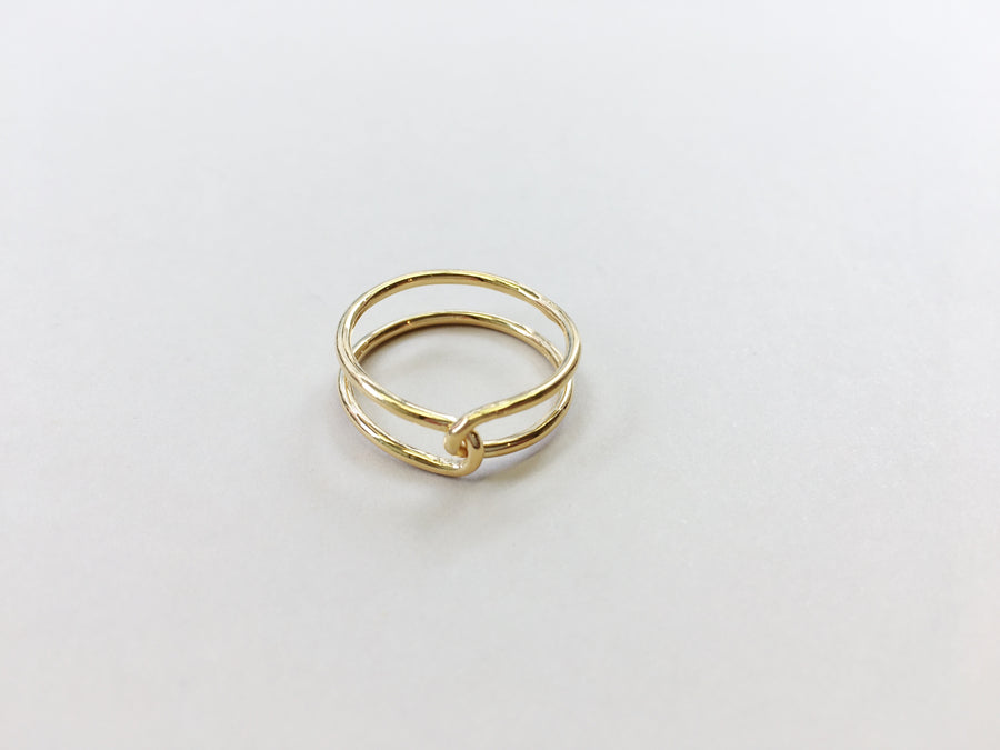 Loop Ring Thin in Gold