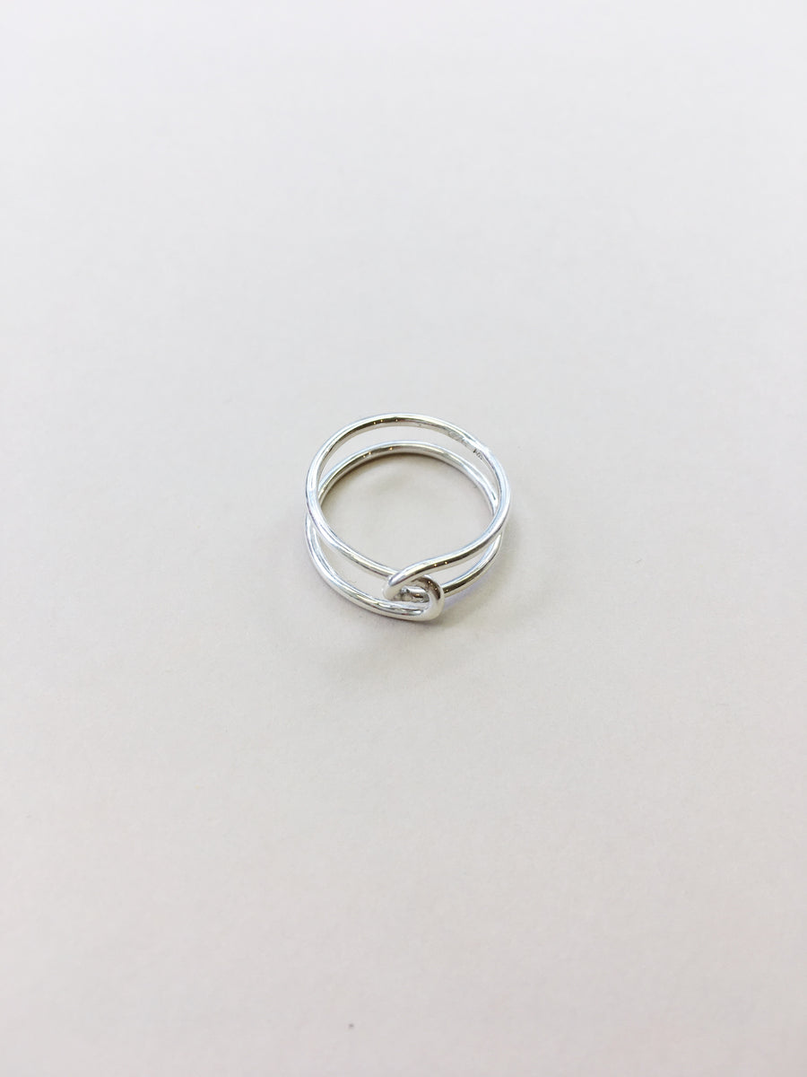 Loop Ring Thin in Silver