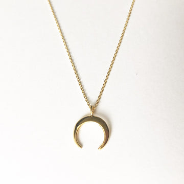 Lua Li Necklace