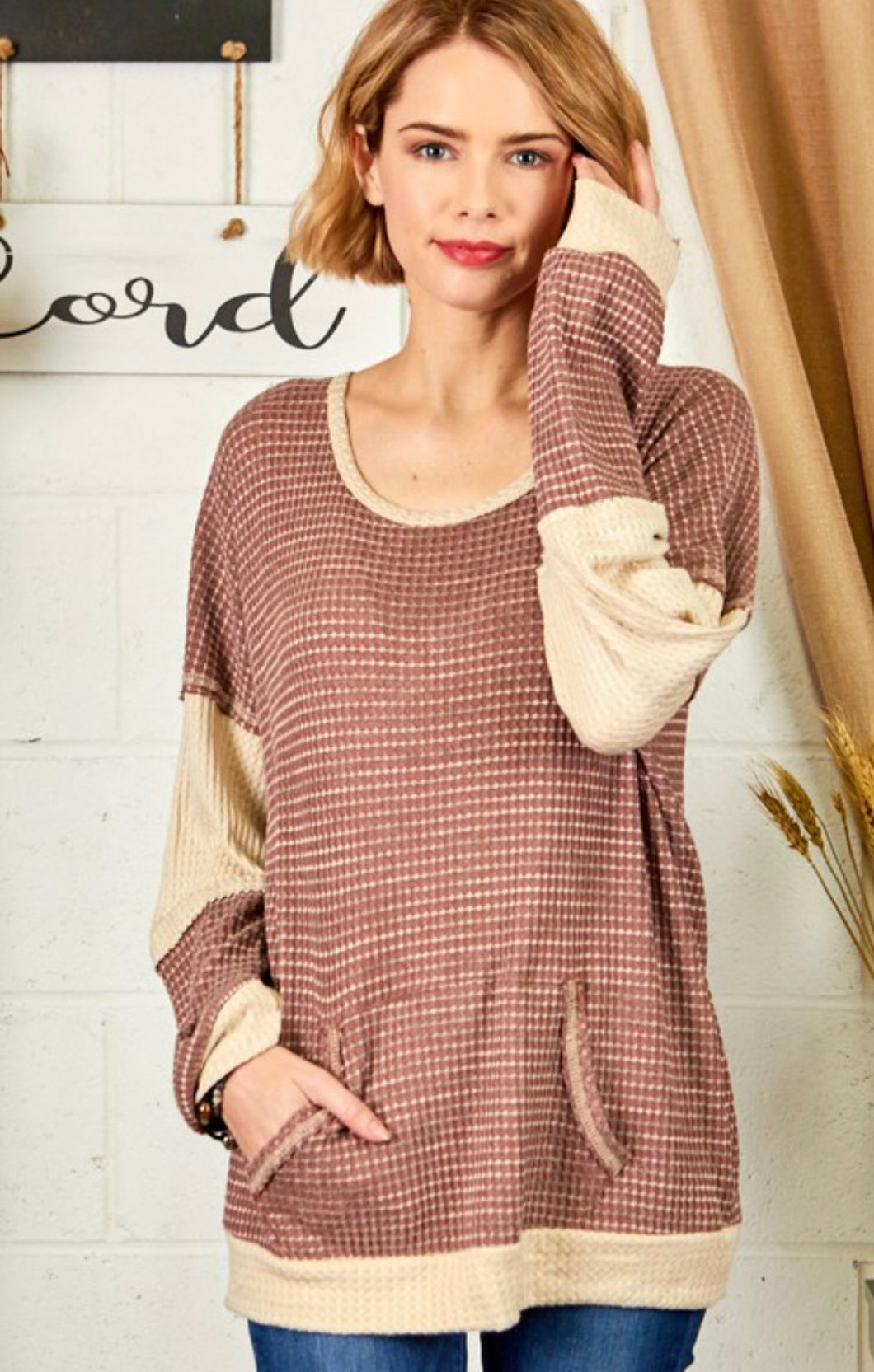 Two Tone Waffle Scoop Neck Pullover in Brick