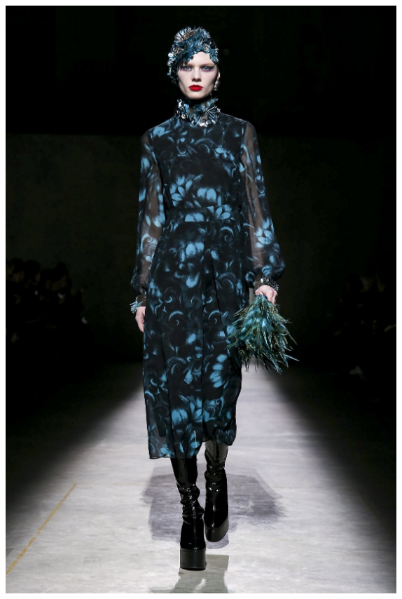 Sabina Sinko in Dries van Noten A/W 20
